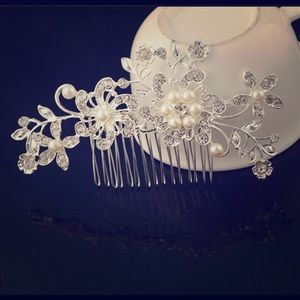 Wedding/bridal hairpiece